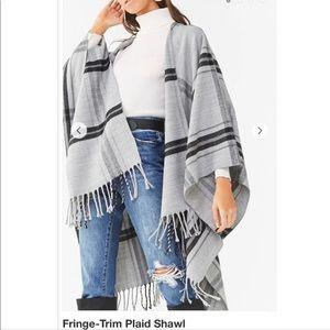 Plaid fringe shawl